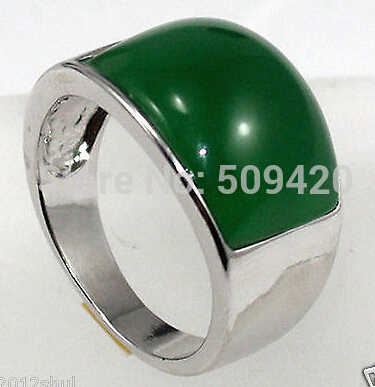 จัดส่งฟรีอสังหาริมทรัพย์ดีจริงสีเขียวหยกแหวนเงินขนาด8-9 #