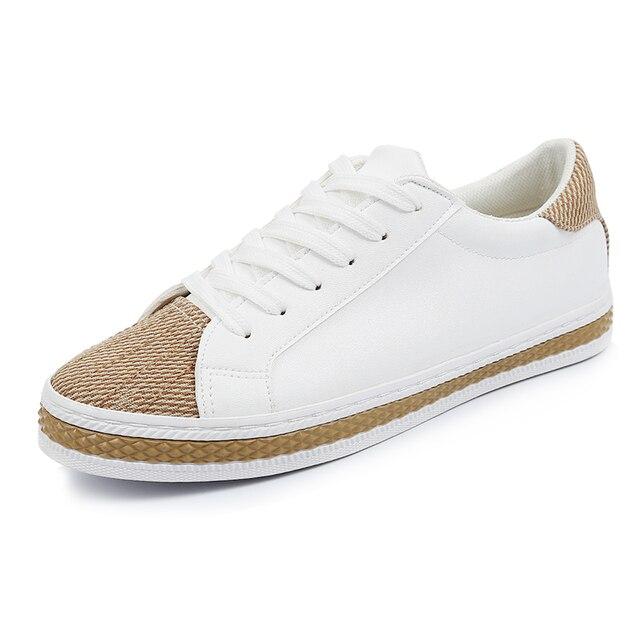 Vulcanizan Los Zapatos de 2017 Mujeres del Resorte zapatos de lona blanca zapatos planos ocasionales de los zapatos bajos de cuero de moda femenina negro tamaño 35-40