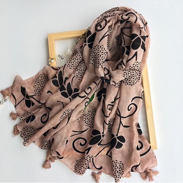 26cf0f185b2 Marte et Joven Imprimé floral Chaud Femmes Écharpe Gris Glands De Mode  Accessoiriser Dames Longues Écharpes