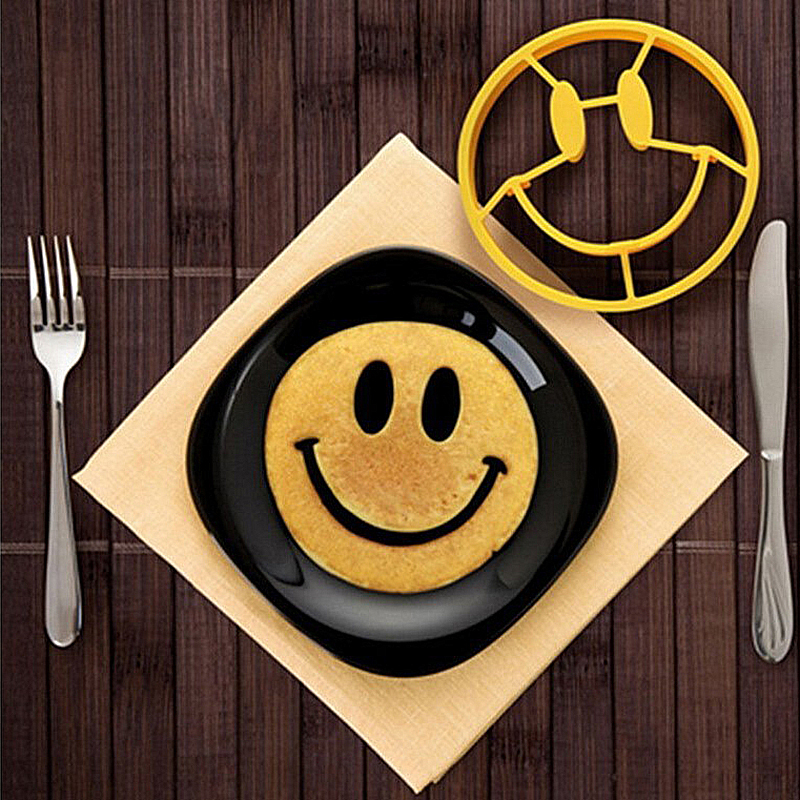 1pcs Smile Face Egg Mold Silicone Smile Shaped Pancakes Omelette Device Egg Tool Kitchen DIY Creative Fried Egg Mold image