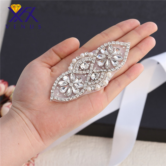 XINFANGXIU (5 Pieces) Small size Rhinestone applique Beaded hot fix Bridal  rhinestone appliques for 46e583319177