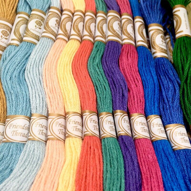 Смешанные цвета вышивке