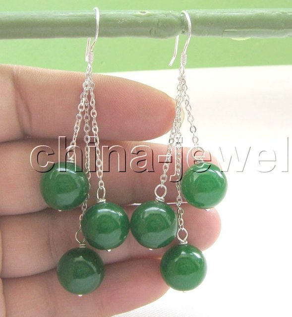 Beautiful 12 mm perfect round green jade earrings-925