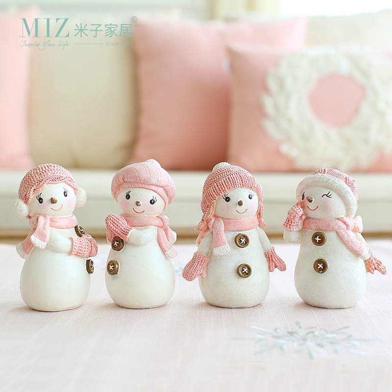 Miz Home 1 Set 4 piezas Cute Snowman Collection Regalo de Navidad para niños Decoración de Navidad para el hogar Lovely Resin Doll