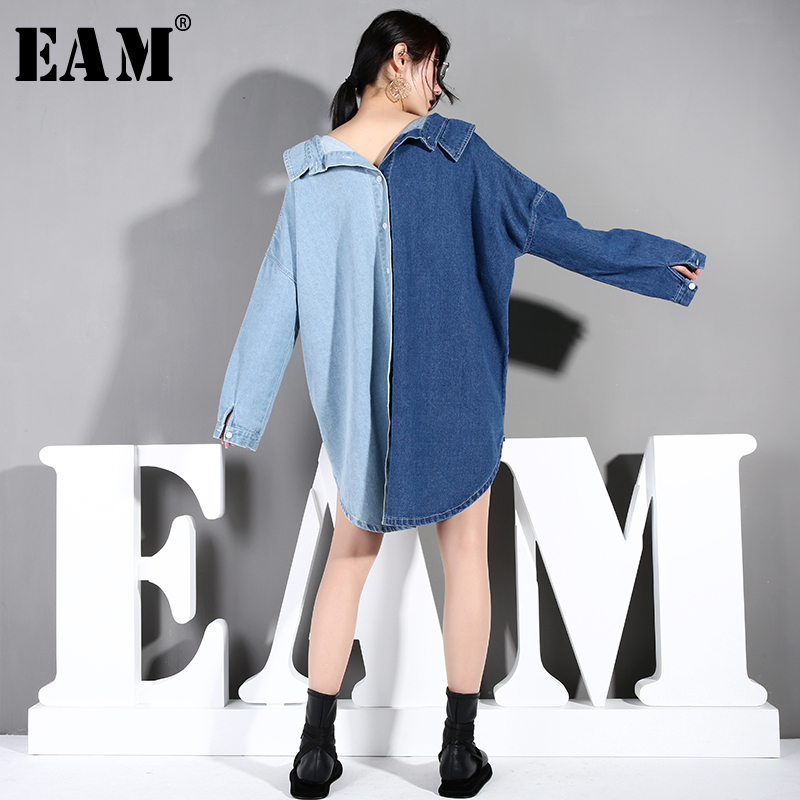 [EAM] 2019 New Autumn Winter Lapel Long Sleeve Blue Denim Hit Color Loose Big Size Irregular Shirt Women Blouse Fashion Tide MA7