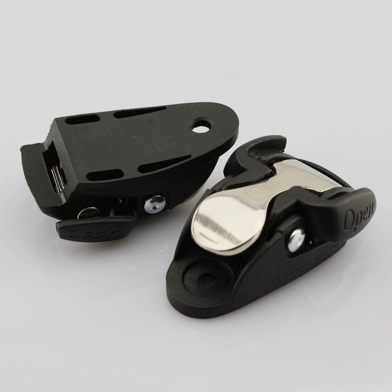 Free Shipping Skates Shoes Buckle 2 Pcs / Lot