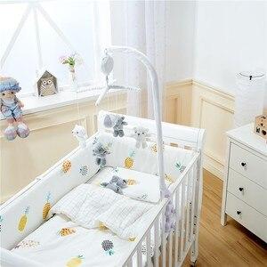 Image 3 - Bebê berço titular chocalhos brinquedos do bebê 0 12 meses clockwork caixa de música cama sino brinquedo urso artesanal brinquedos móveis para crianças conjunto