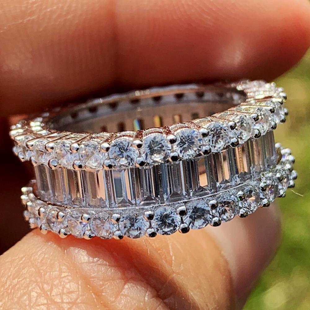 Offre spéciale nouveauté superbe bijoux de luxe 925 en argent Sterling princesse coupe blanc clair 5A cubique zircone éternité anneau rond