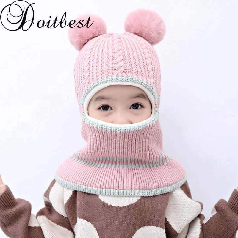 Bolas de pompom Doitbest bebê Inverno Cap Ouvido de Veludo Crianças Outono Com Capuz Hat Neck Warmer Cap Fotografia Prop chapéus para Os Meninos meninas