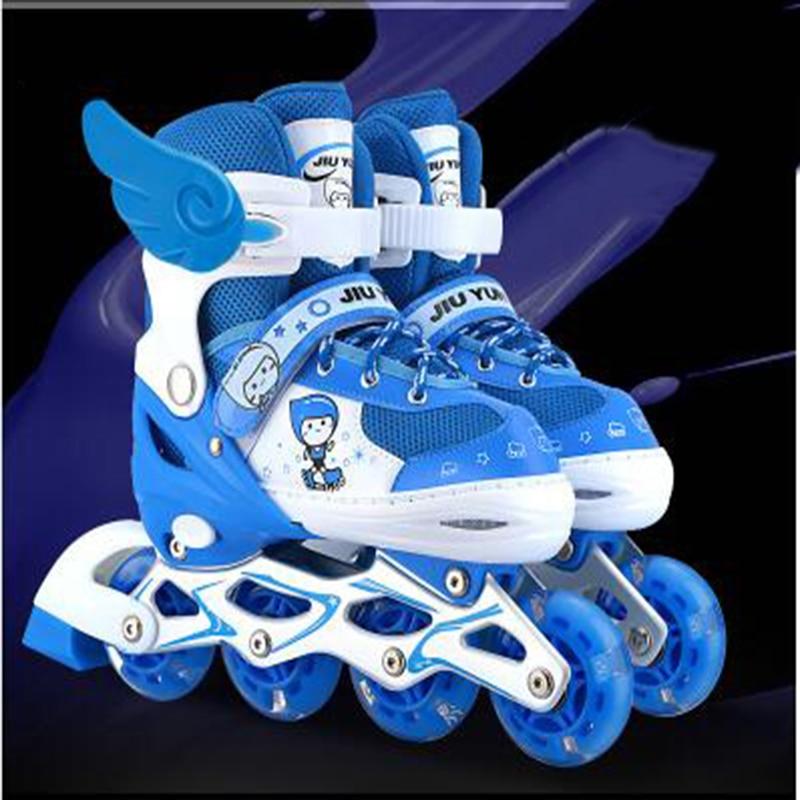 Skate-schuhe Zuversichtlich Kinder Einreihige Inline Skate Schuhe Jungen & Mädchen Pvc 4 Räder Blinkende Outdoor Sport Eine VollstäNdige Palette Von Spezifikationen