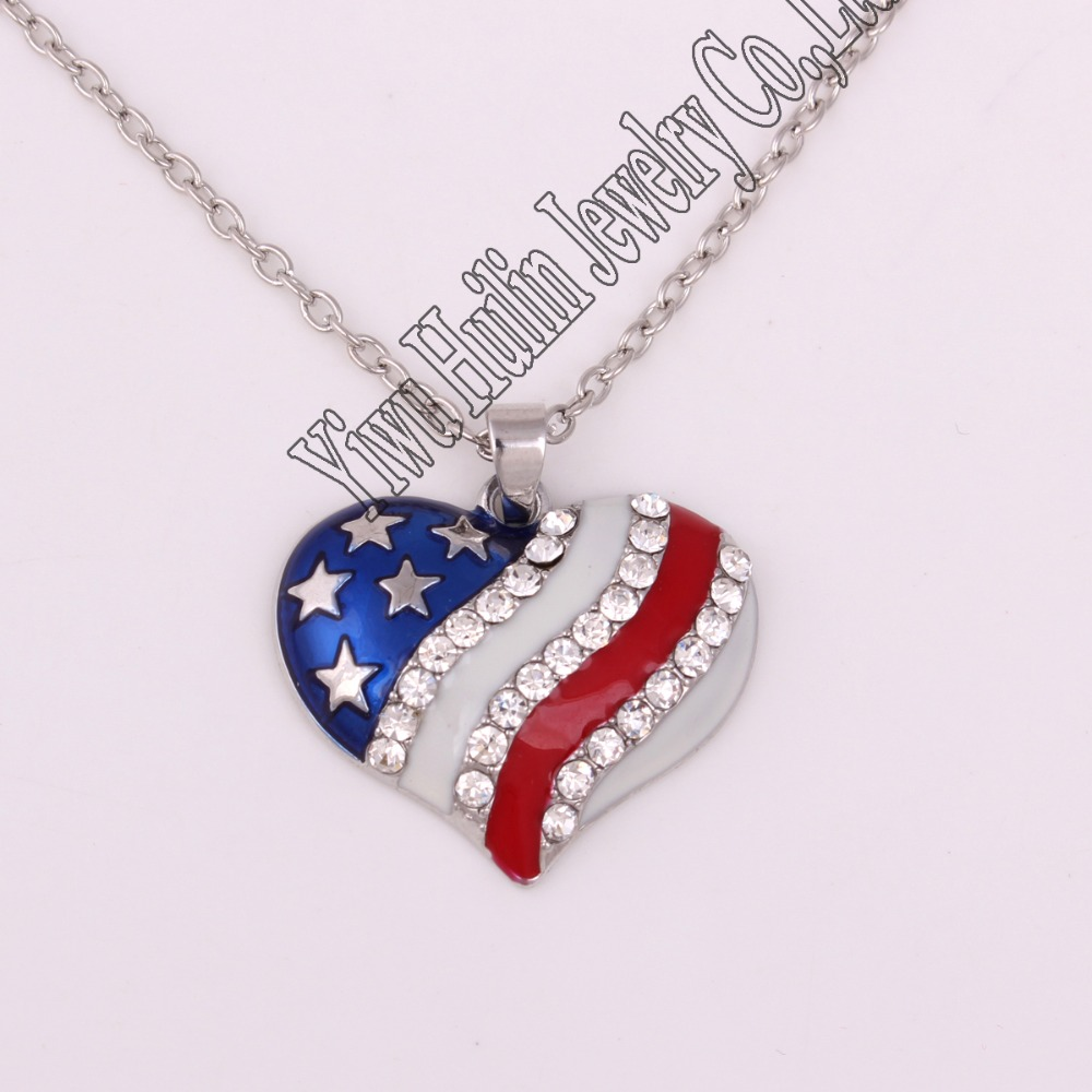 zinc studded with sparkling crystal American Flag hear jewelry charm necklace link chain