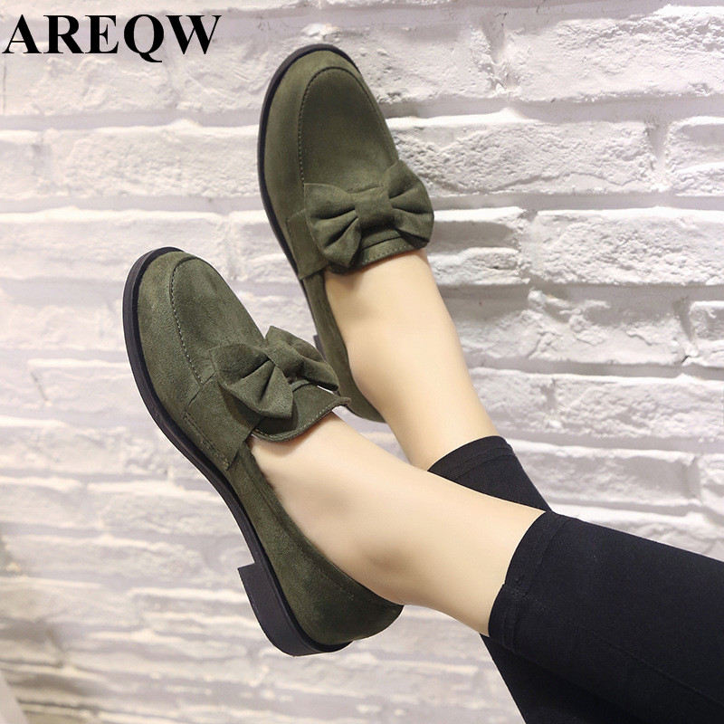 2017 spring new shallow mouth bow fashion single shoes women shoes Korean comfortable casual flat shoes 2017 the new european american fashion horn bow pointed mouth shallow comfortable flat sheet metal red shoes tide size 35 41