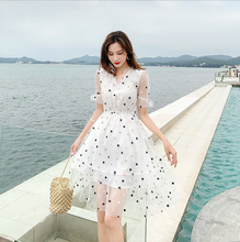Spring and summer new style Korean print fashion dress V-neck star temperament elegant