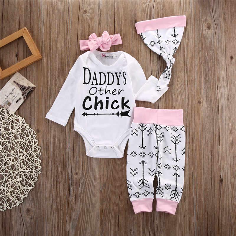 Осень комплект для малышей 4 шт. для новорожденных для маленьких девочек Комбинезон стрелка Папины Другое Чик топы и длинные штаны + шапка + повязка на голову комплект одежды