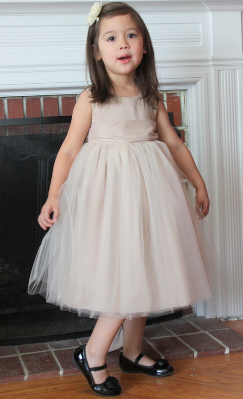 2017 New Flower Girls Dresses For Wedding Gown Mid-Calf Kids Beauty Pageant Dresses  A-Line Holy Communion Dresses