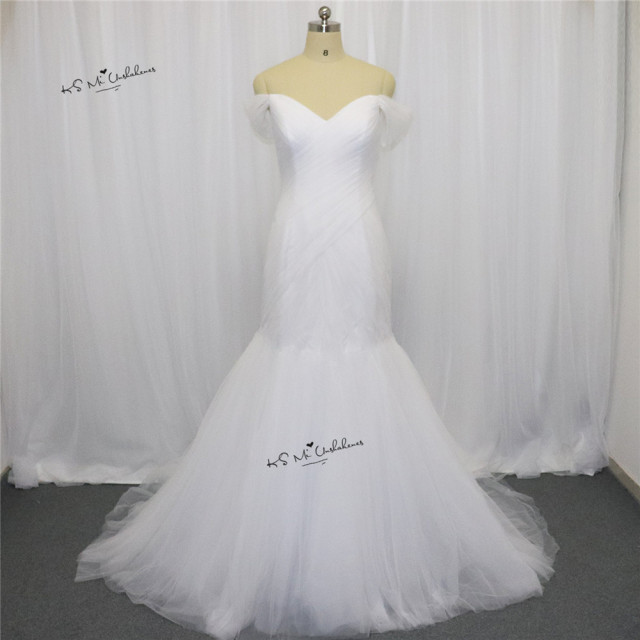 Elegant Simple Plus Size Wedding Dress Lace up Back off Shoulder ...