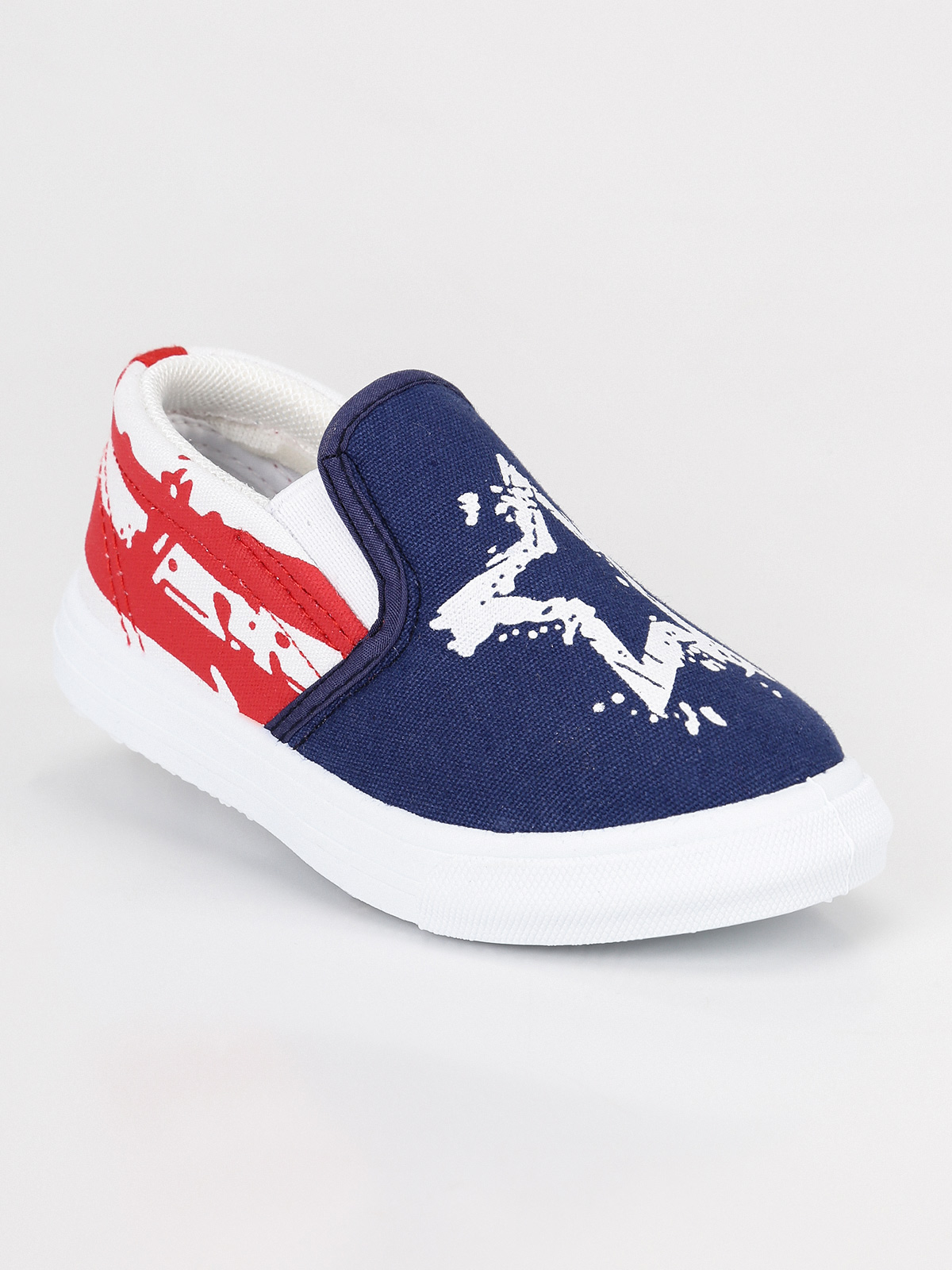 Sneakers üzerinde kayma bebek erkek title=