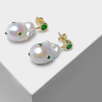 fashion Gold color anomaly pearl earrings