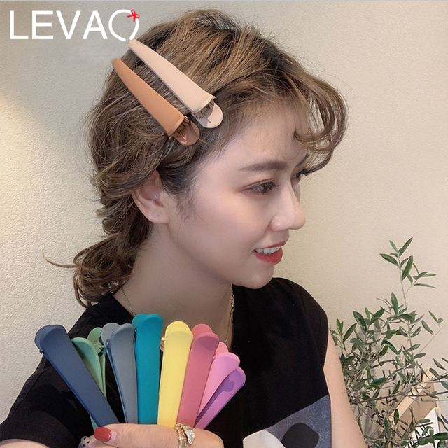 LEVAO 4PC/Set 2019 Simple Solid Plastic Barrettes Hairpins for Girls Headwear Multicolor Resin Duck Clip Claws Hair Accessories