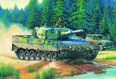 Hobby Boss MODEL 1 35 SCALE military models 82401 German Leopard 2 A4 tank plastic model