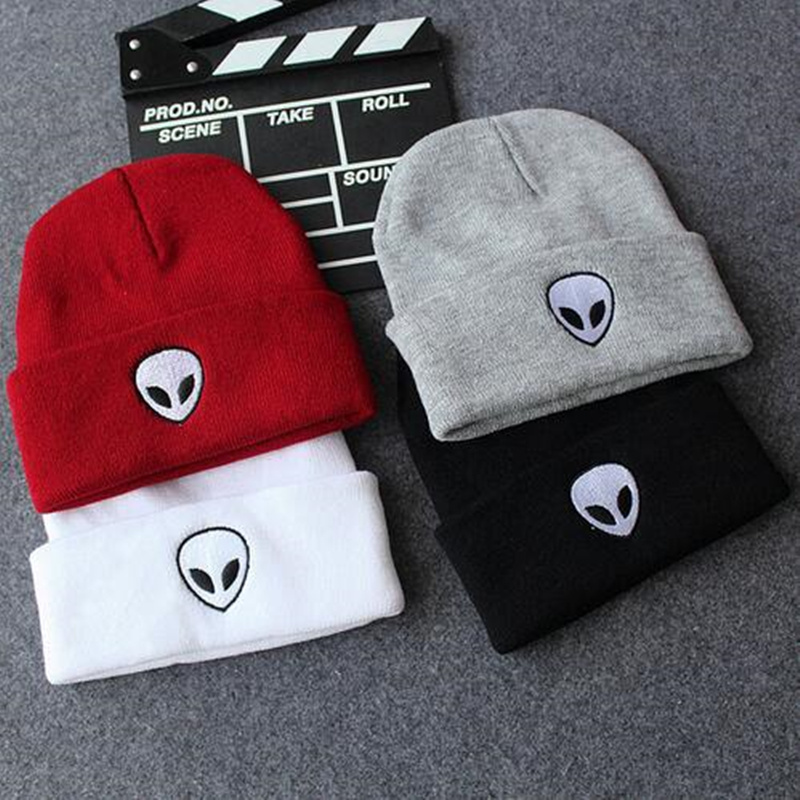 2017 New Brand Winter Fashion Alien Cap Men Casual Skull Hip-Hop Hats Knitted Wool Skullies Beanie Hat Warm Winter Hat for Women  new fashion winter cap for women knitted cap wool pure color hat men casual hip hop hats beanie warm hat warm hat plus size lb