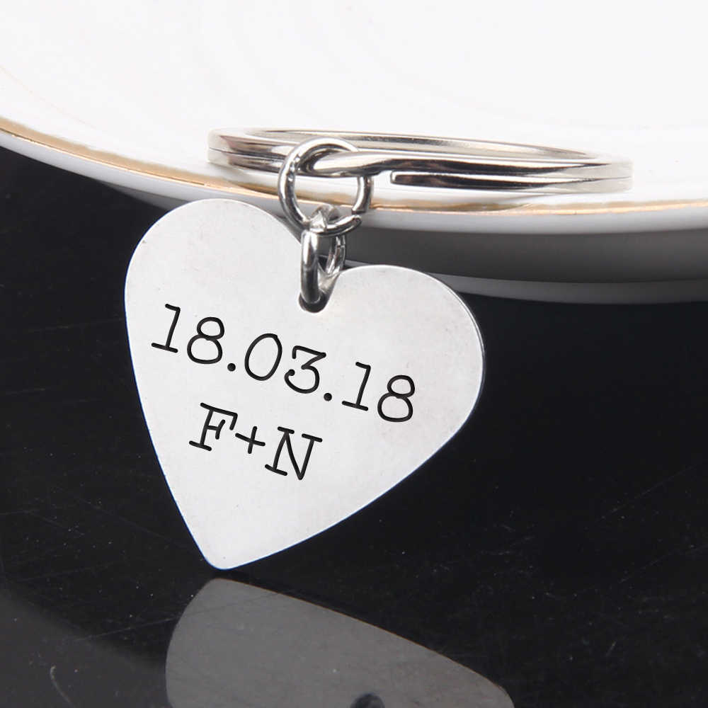 Custom Engraved Name Initial Letters And Date For Couples Boyfriend Valentine Gifts Keychain Fashion Jewelry Men Women Keyring