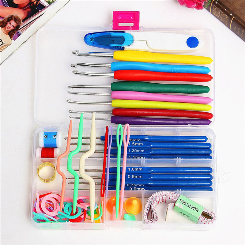SZS Hot 1 Set Crochet Hooks Needles Knit Kit Stitches Knitting Craft Case Quality Crochet Set In Case Yarn Hook Stitch Weave A
