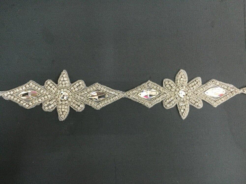 2893d29b0922 10 Mètres Strass En Cristal Perlé Applique Embellissement Nuptiale bandeau De  Mariage sash ceinture Accessoires