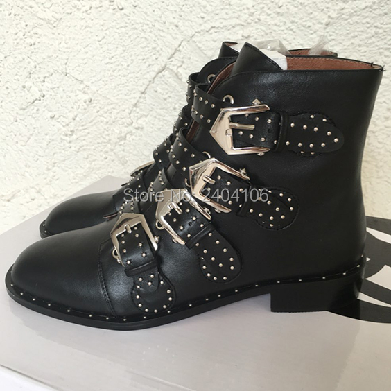Leather Suede Runway Shoes Woman Buckled Straps Spiked Ankle Boots Silvertone Studs Short Botas Square Low Heel Motorcycle BootsLeather Suede Runway Shoes Woman Buckled Straps Spiked Ankle Boots Silvertone Studs Short Botas Square Low Heel Motorcycle Boots