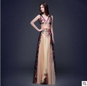 Image 4 - Vestidos De Fiesta Vintage Bridesmaid Dresses Elegant A Line V Neck Long Chiffon Foral Print Wedding Party Gowns Robe De Soiree