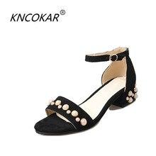 6abcb58d721 2017 verão Novas vendas de calor moda veludo botão cinto sandálias  femininas alta-sapatos de