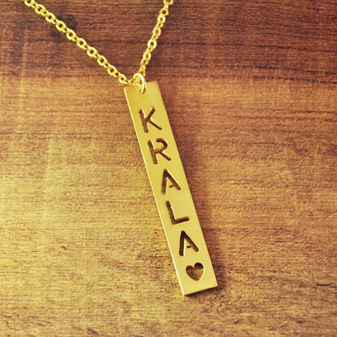 Senfai Custom Hollow Name Gold Pendant Chokers Necklace Women Jewelry Birthday Gift for Girlfriend Brothers Kolye colar