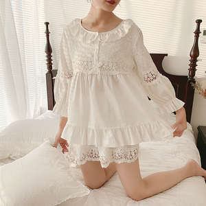 Image 2 - Zomer Vrouwen Lolita Bloem Borduren Pyjama Sets Tops + Shorts.Vintage Dames Meisje Pyjama Set. Victoriaanse Nachtkleding Loungewear
