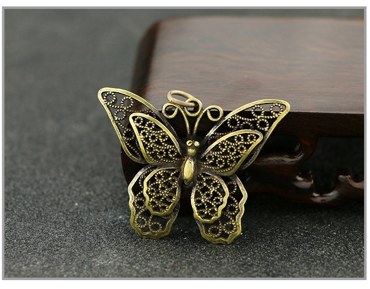Hollow Butterfly Keychain Pendants (12)