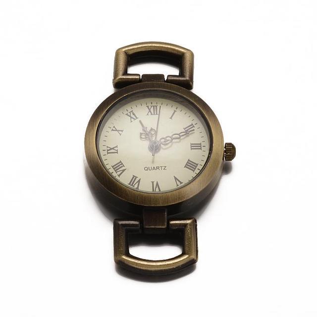 10 шт. плоские круглые сплав часы Уход за кожей лица часы голова часы Компоненты античная бронза, 29x27x5 мм, отверстие: 10x5 мм