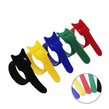 купить 100pcs 5 Colors can choose Magic tape wiring harness/tapes Cable ties/Tie cord Computer cable Earphone Winder Cable ties DIY по цене 626.96 рублей