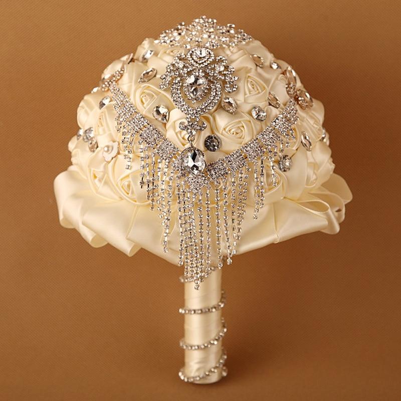 Krāšņs kāzu ziedu līgavas pušķi Ziloņkaula balts Mākslīgās kāzu pušķis Zīda roze kristāla dzirksti 2016 buque de noiva