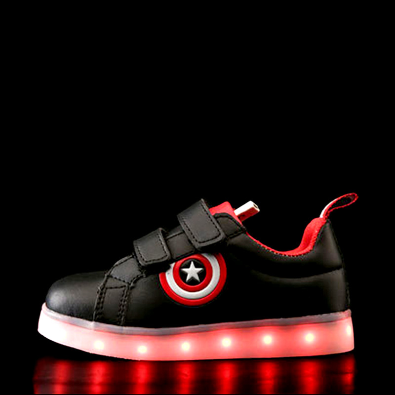 все цены на Captain America Children Shoes Light Led luminous Sneakers Boys Girls USB Charging Sport Casual Shoes For Kids Glowing Sneakers онлайн