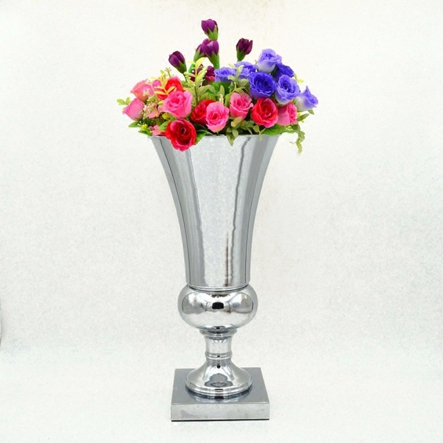 Wholesale Silver Metal Flower Vase Square Base Trumpet Flower
