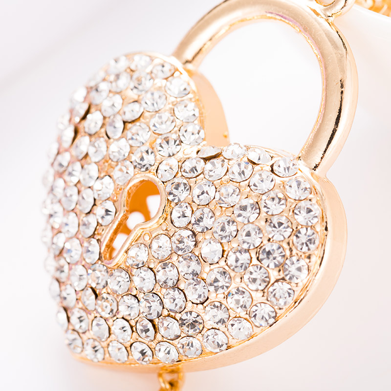 Felyskep Wholesale Rhinestone Heart Key Chain Decoration Love Crystal Fashion Key Ring for Women Acessory A724CH
