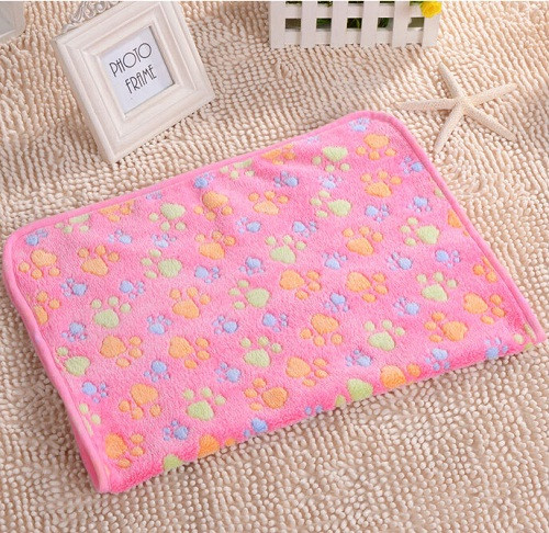 2016-New-40-x-60cm-Cute-Floral-Pet-Sleep-Warm-Paw-Print-Dog-Cat-Puppy-Fleece (7)