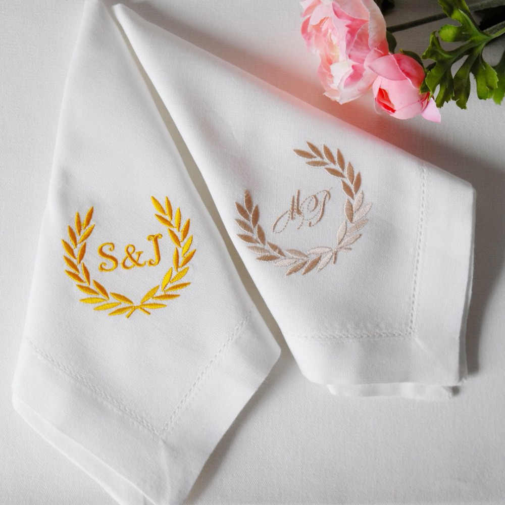 Personalized Napkins , Custom napkins,Embroidered Cloth Napkins,Wedding Gift, Monogrammed Napkins