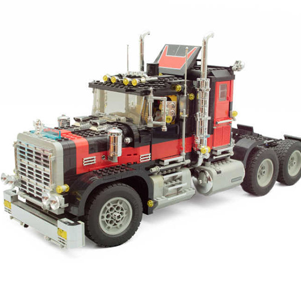 LEPIN 21015 Technic Series The American Black Cat Truck Set Robot Car Building Blocks 1743pcs  Bricks Toys Gift for Children black pearl building blocks kaizi ky87010 pirates of the caribbean ship self locking bricks assembling toys 1184pcs set gift