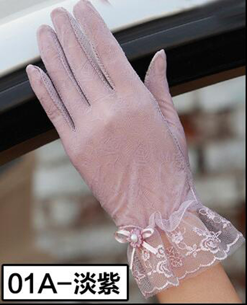 HTB1zjTTRFXXXXXxXXXXq6xXFXXXj - Sexy Summer Women UV Sunscreen Short Sun Female Gloves Fashion Ice Silk Lace Driving Of Thin Touch Screen Lady Gloves G02E