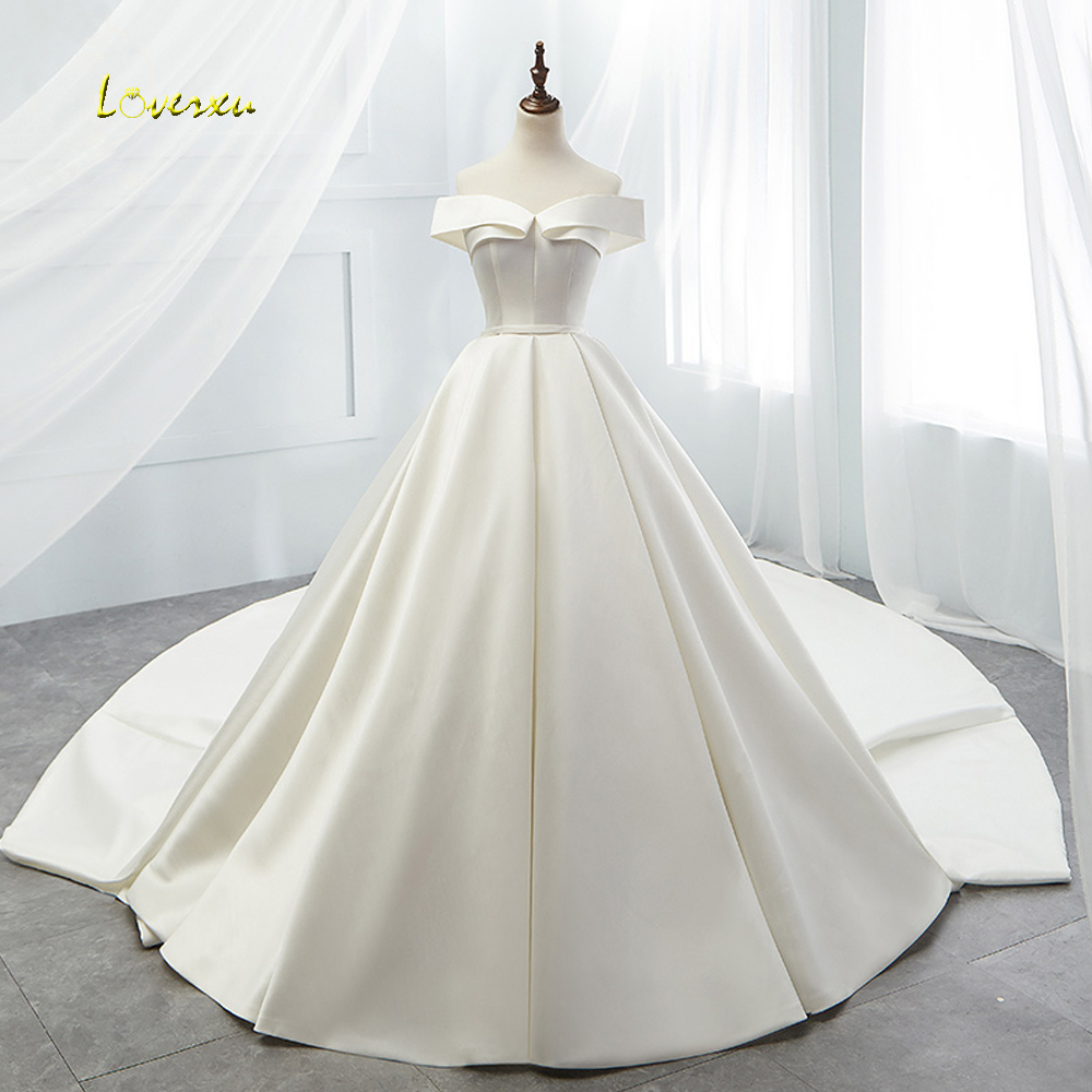 Loverxu Vestido De Noiva Sexy Boat Neck Vintage Wedding Dress 2019 Chapel Train Simple Matte Satin A Line Bridal Gown Plus Size