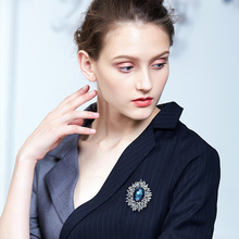 Cdyle Teardrop Shaped Brooches Embellished With Crystals Collar