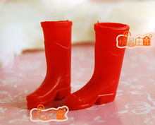 Mini dollhouse One of the mini furniture accessories on the rain boots gardener shoes good work