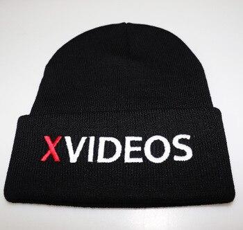 Sexy zimná čiapka XVIDEOS – 3 farby
