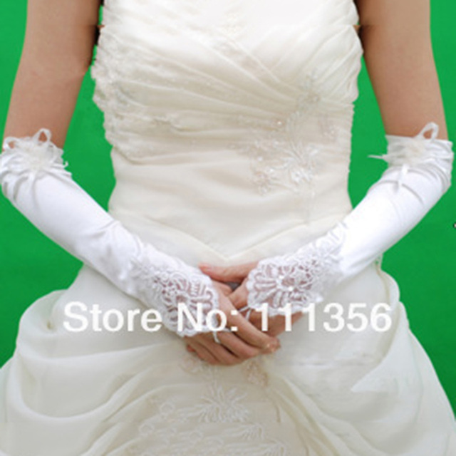 Branco Longo Frisado Elbow comprimento luva Nupcial Do Vestido de Casamento de Renda Sem Dedos Luvas