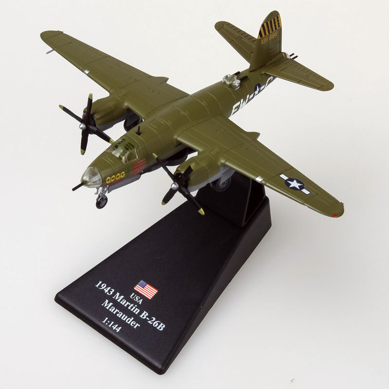 3pcs/lot AMER 1/144 Scale Military Model Toys World War II B-26 Marauder Bomber Fighter Diecast Metal Plane Model Toy